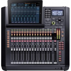 M-200i RSS by ROLAND mikser...
