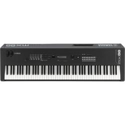 Yamaha MX 49 syntezator