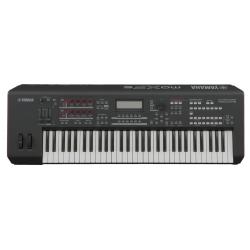 Yamaha MX 88 syntezator
