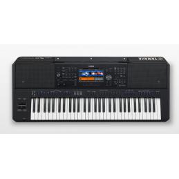Yamaha PSR-SX700 keyboard...