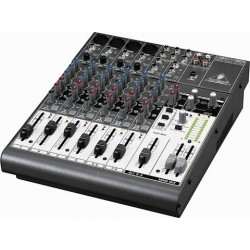 BEHRINGER XENYX 1204 stage...