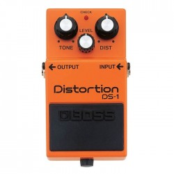 BOSS DS-1 DISTORTION efekt...