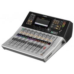 YAMAHA TF1 digital mixer...